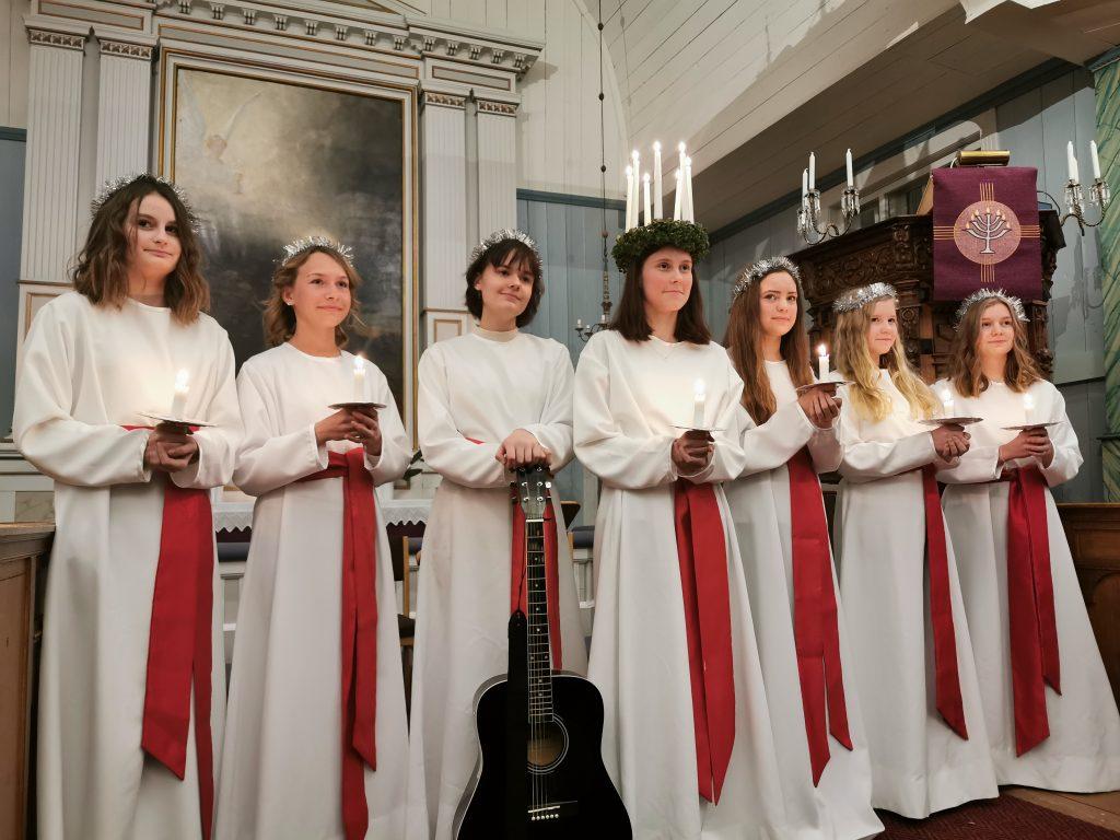 Luciaföljet i Houtskär